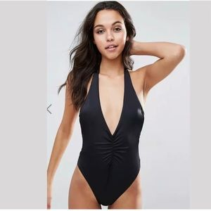 ASOS Ruched Plunge black Halter Swimsuit NWOT 6
